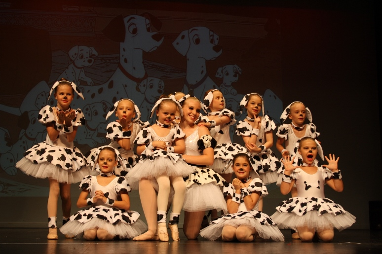 Dalmations on stage pic 4 compressed